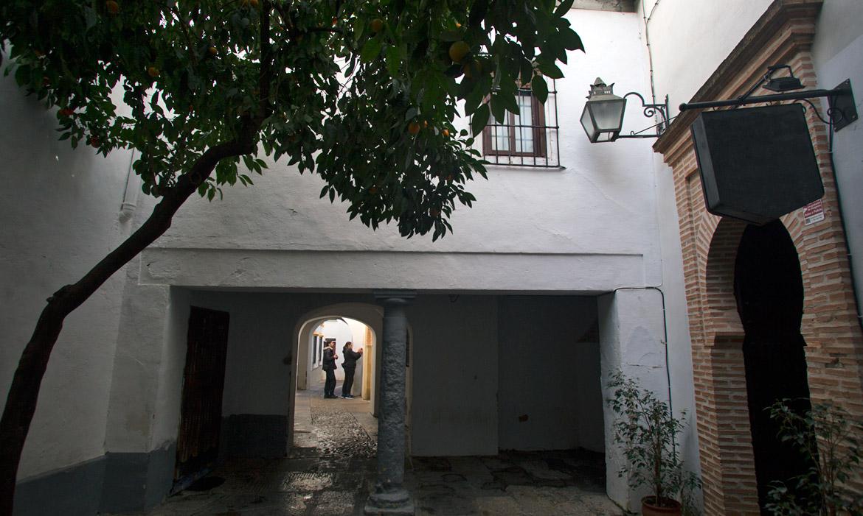 Calleja de la Hoguera (Alley of the Bonfire) (Cordoba - Spain)